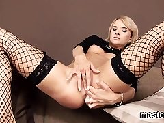 Unusual czech sweetheart stretches her tight cooch to the 51mJa