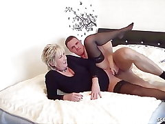 GERMAN STEP Son-in-law CAUGHT Mommy masturbate and help with Pulverize